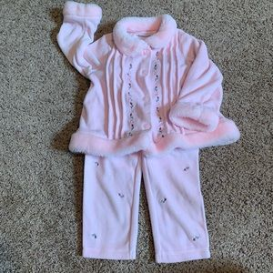 First Impressions pink outfit